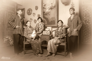 Old Javanese family photo